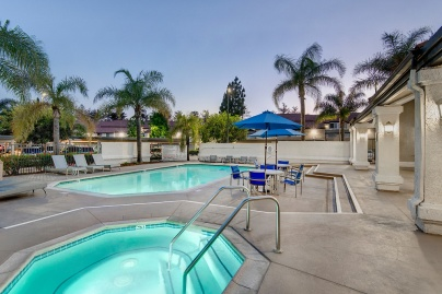 Parkside Court: Fountain Valley Area